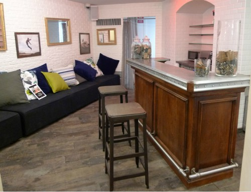 bar pour un salon vip aef. Black Bedroom Furniture Sets. Home Design Ideas